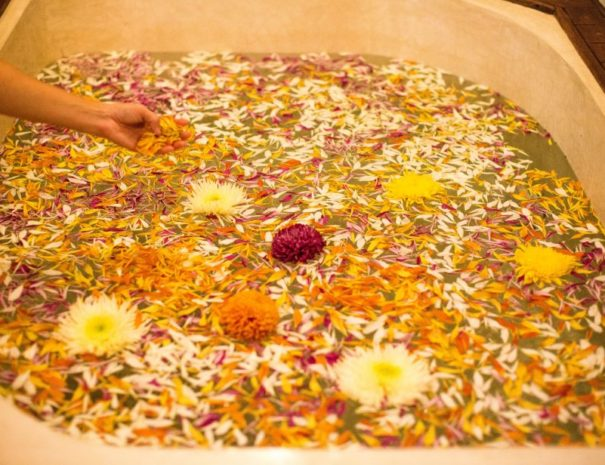 Mi Amor Spa Herbal Bath